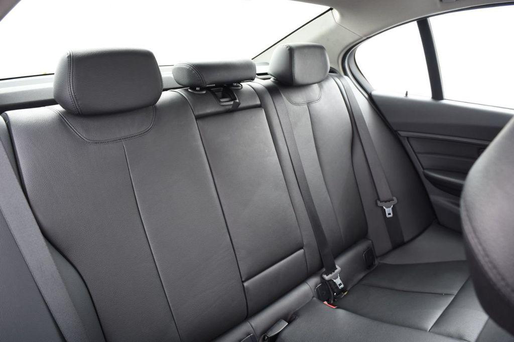 2015 BMW 3 Series 328i xDrive - 18403364 - 43