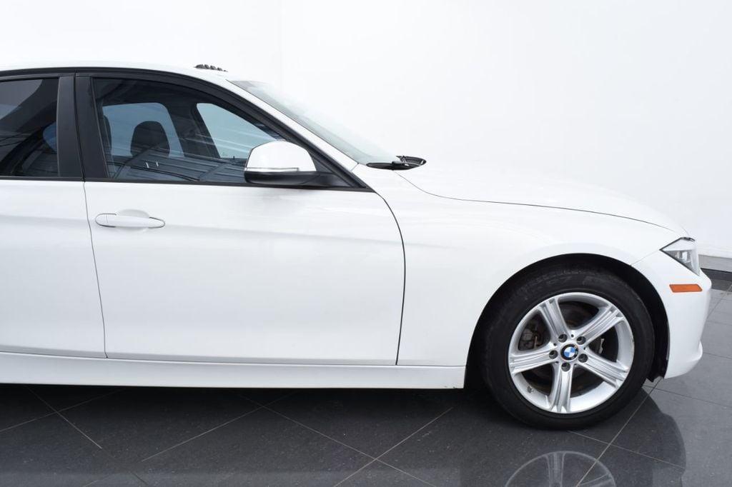 2015 BMW 3 Series 328i xDrive - 18403364 - 5