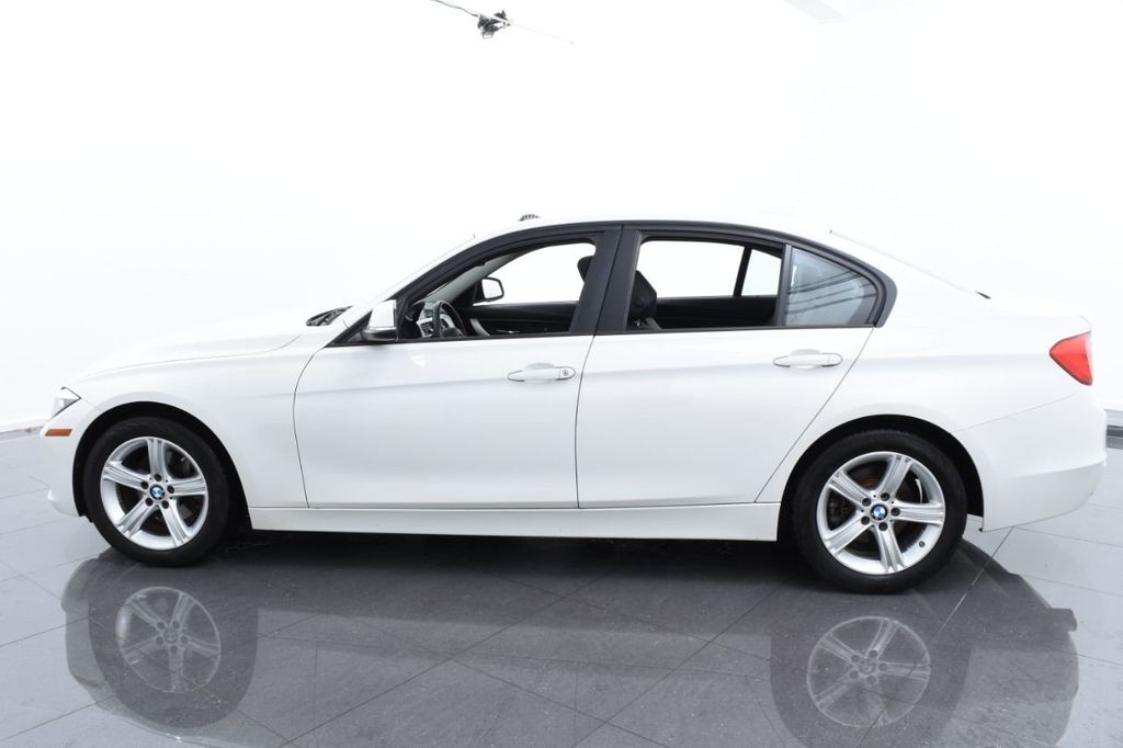 2015 BMW 3 Series 328i xDrive - 18468147 - 10