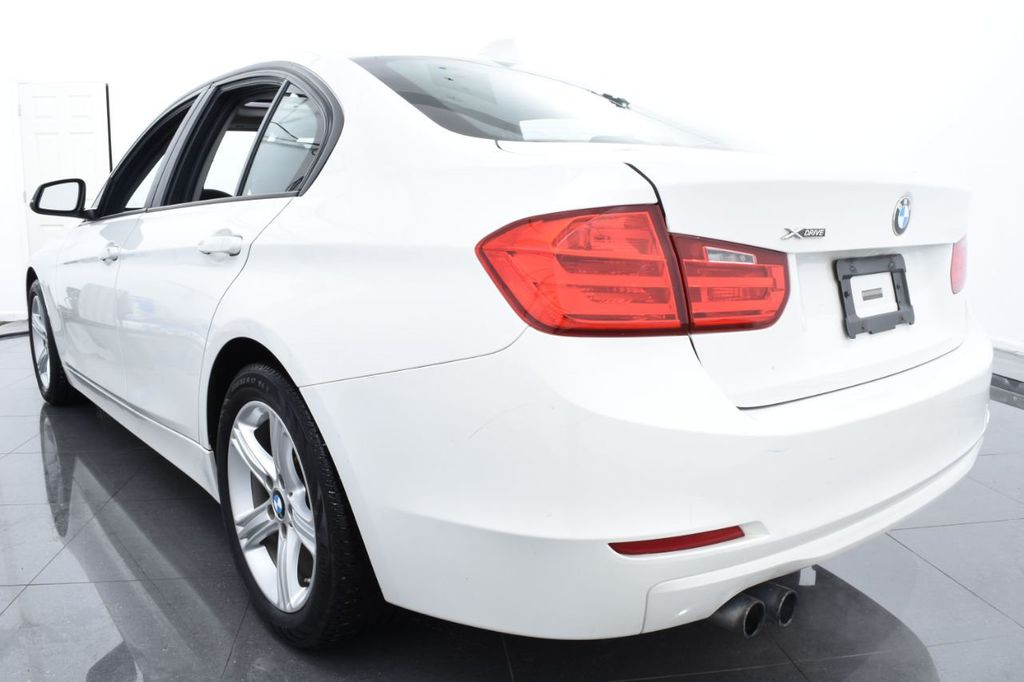2015 BMW 3 Series 328i xDrive - 18468147 - 8