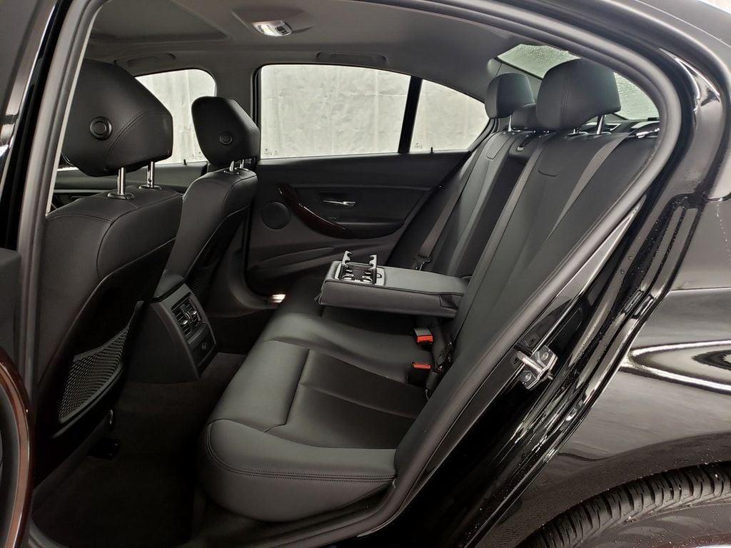 2015 BMW 3 Series 328i xDrive - 18253642 - 9