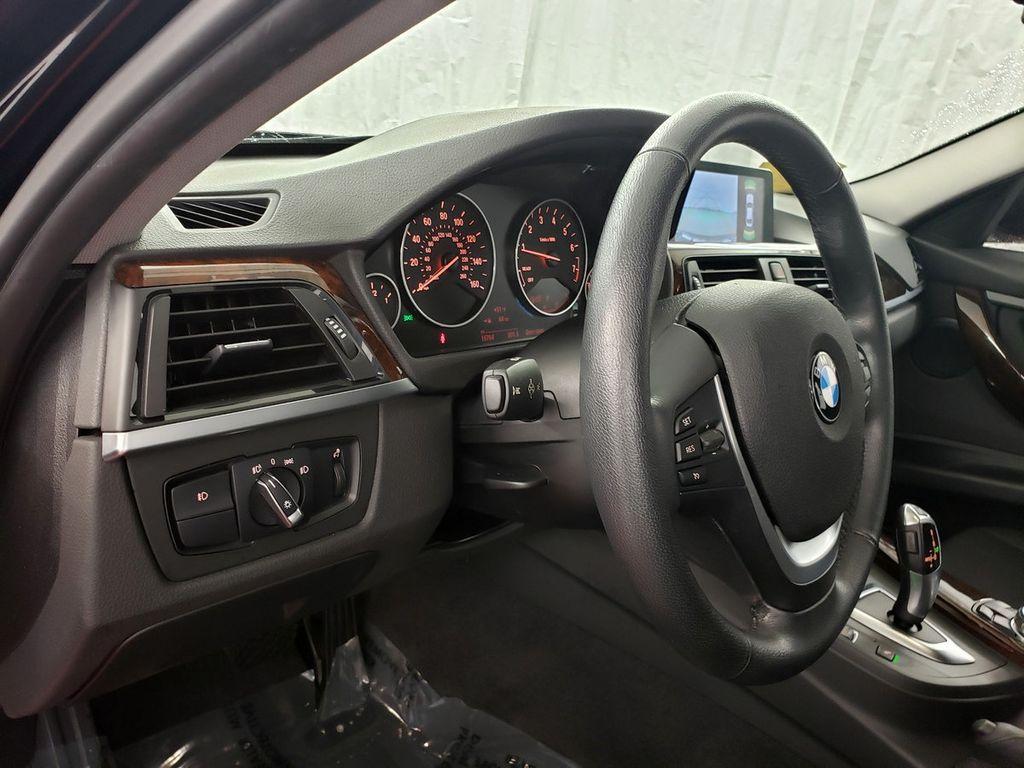 2015 BMW 3 Series 328i xDrive - 18253642 - 15