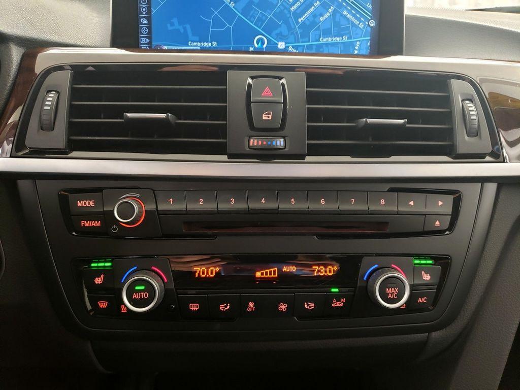 2015 BMW 3 Series 328i xDrive - 18253642 - 25