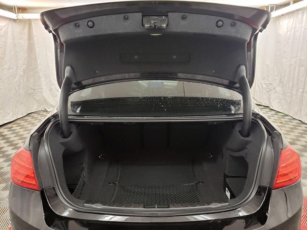 2015 BMW 3 Series 328i xDrive - 18253642 - 28
