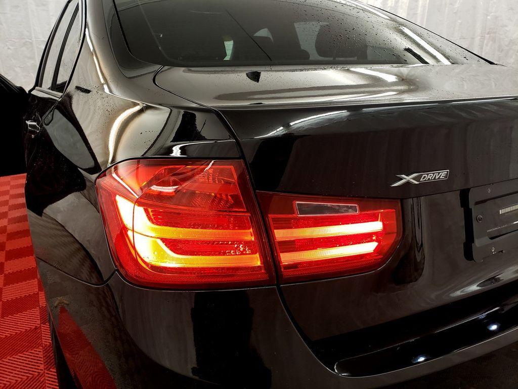 2015 BMW 3 Series 328i xDrive - 18253642 - 30