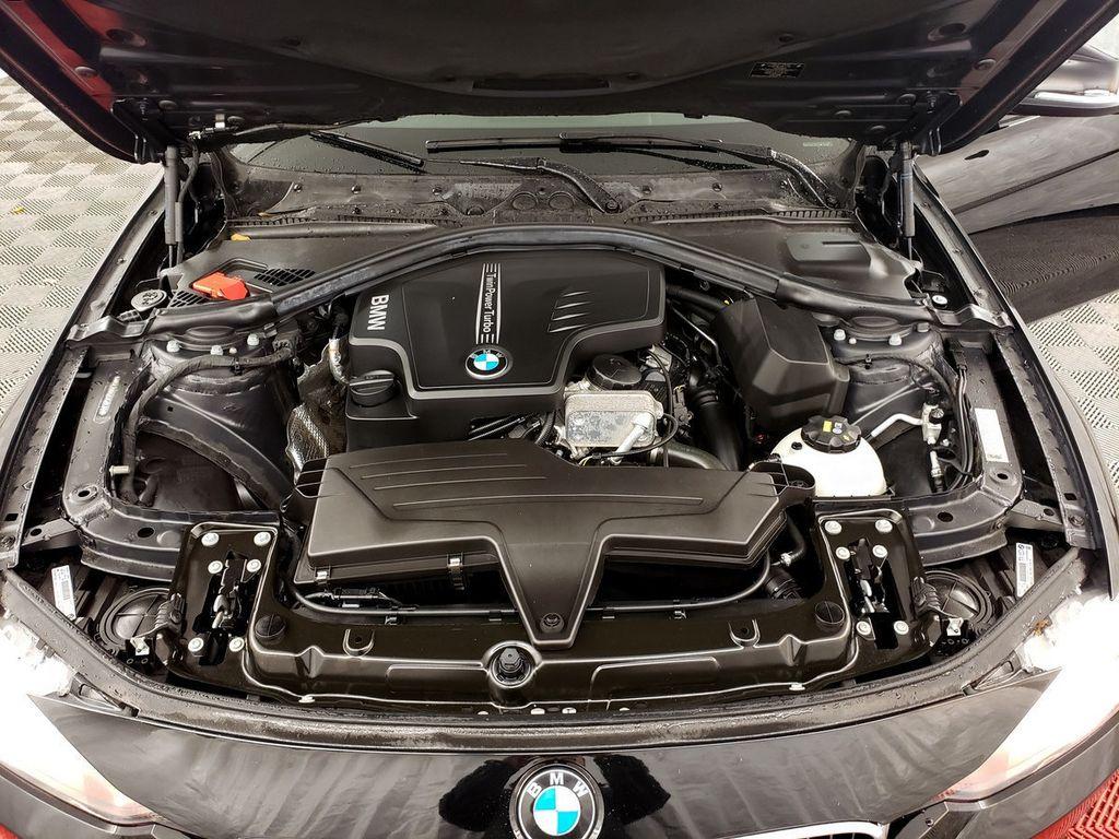 2015 BMW 3 Series 328i xDrive - 18253642 - 31
