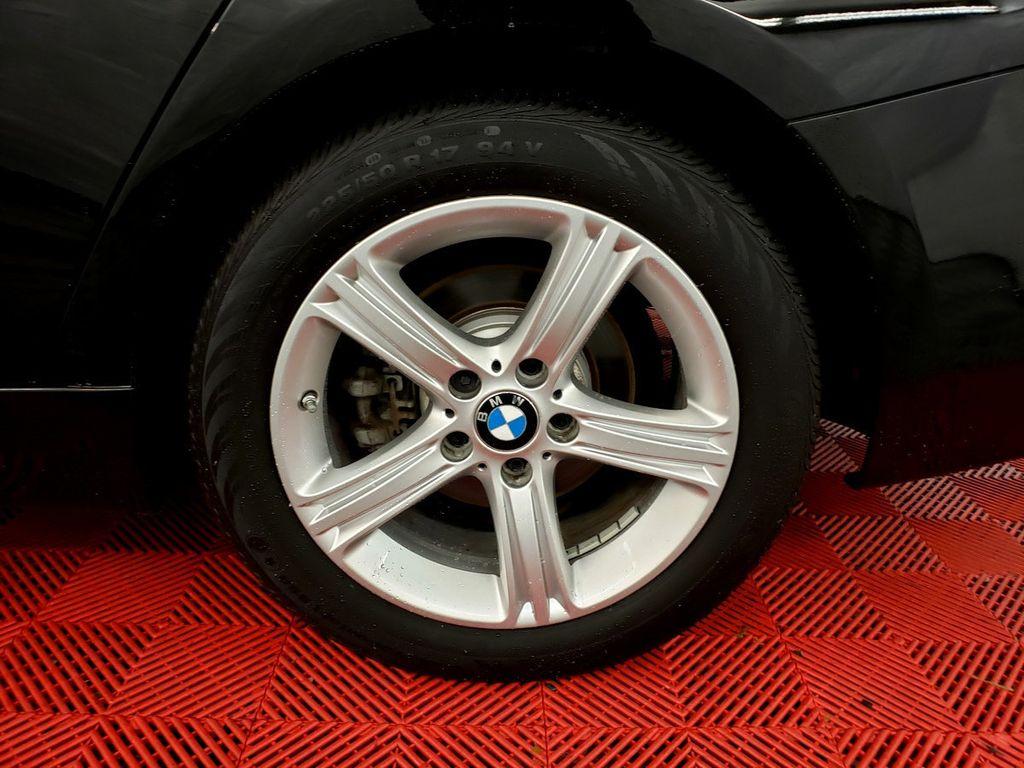 2015 BMW 3 Series 328i xDrive - 18253642 - 32