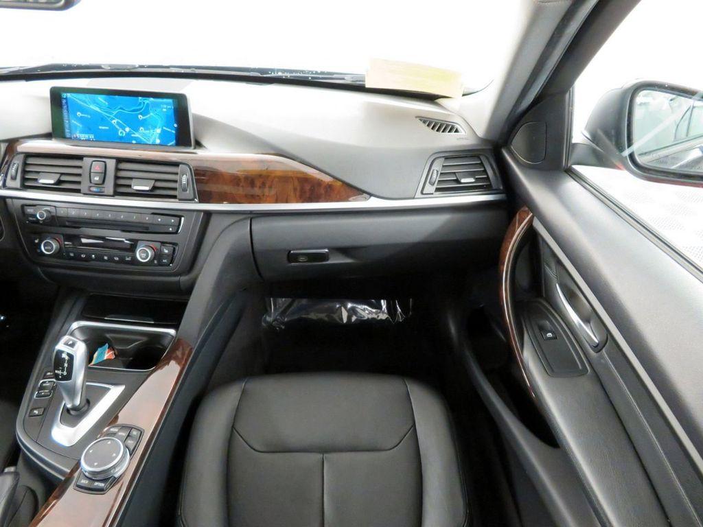 2015 BMW 3 Series 328i xDrive - 18382554 - 12