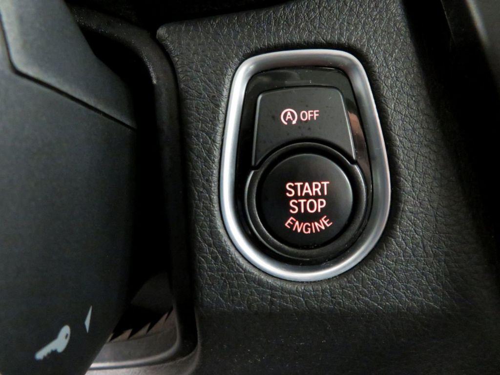 2015 BMW 3 Series 328i xDrive - 18382554 - 19