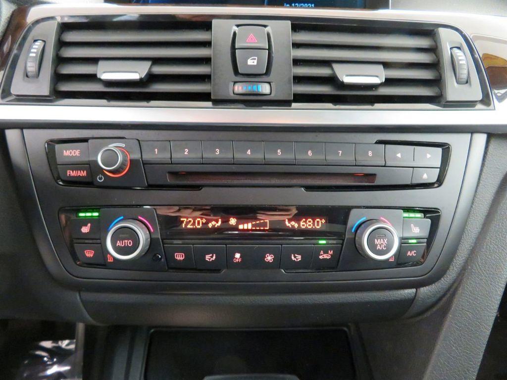 2015 BMW 3 Series 328i xDrive - 18382554 - 26