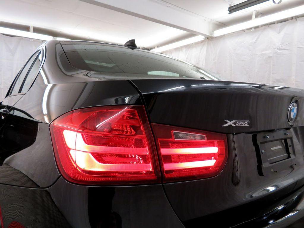 2015 BMW 3 Series 328i xDrive - 18382554 - 32