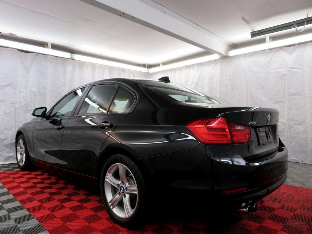 2015 BMW 3 Series 328i xDrive - 18382554 - 3