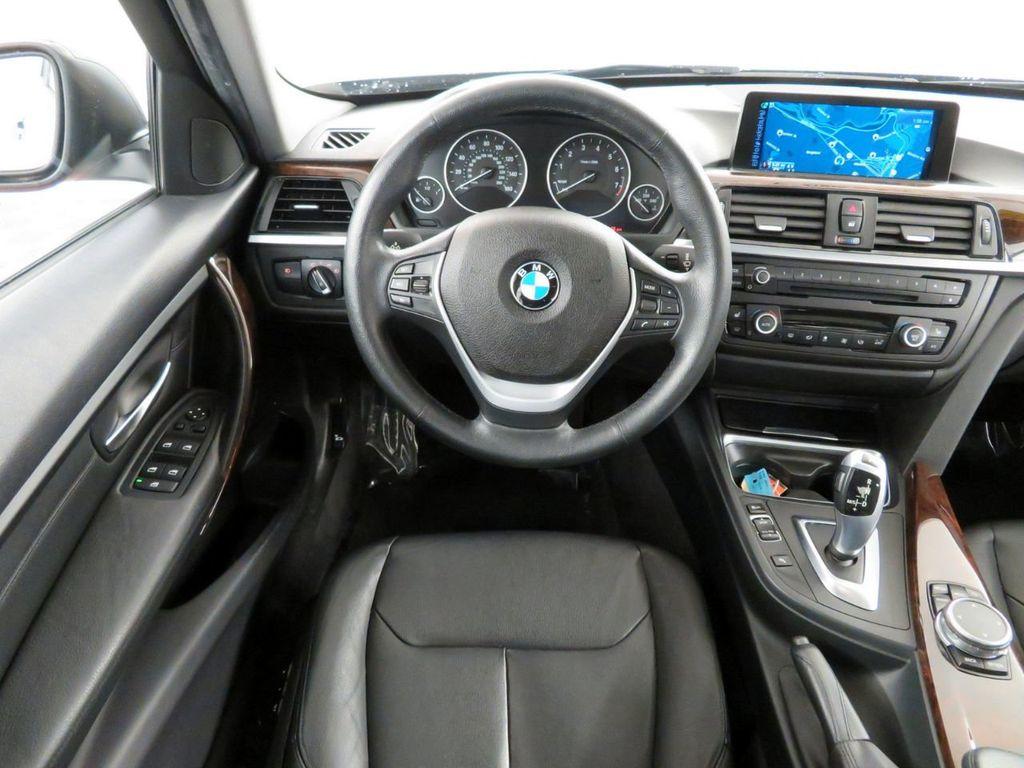 2015 BMW 3 Series 328i xDrive - 18382554 - 6