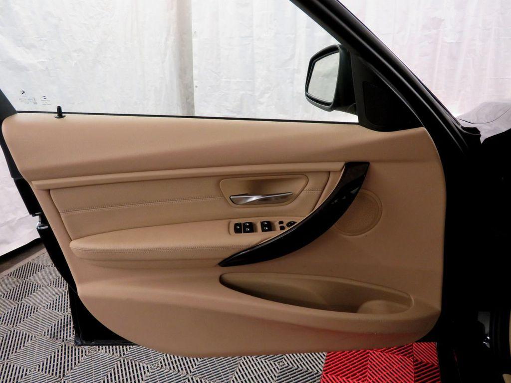 2015 BMW 3 Series 328i xDrive - 18477877 - 14