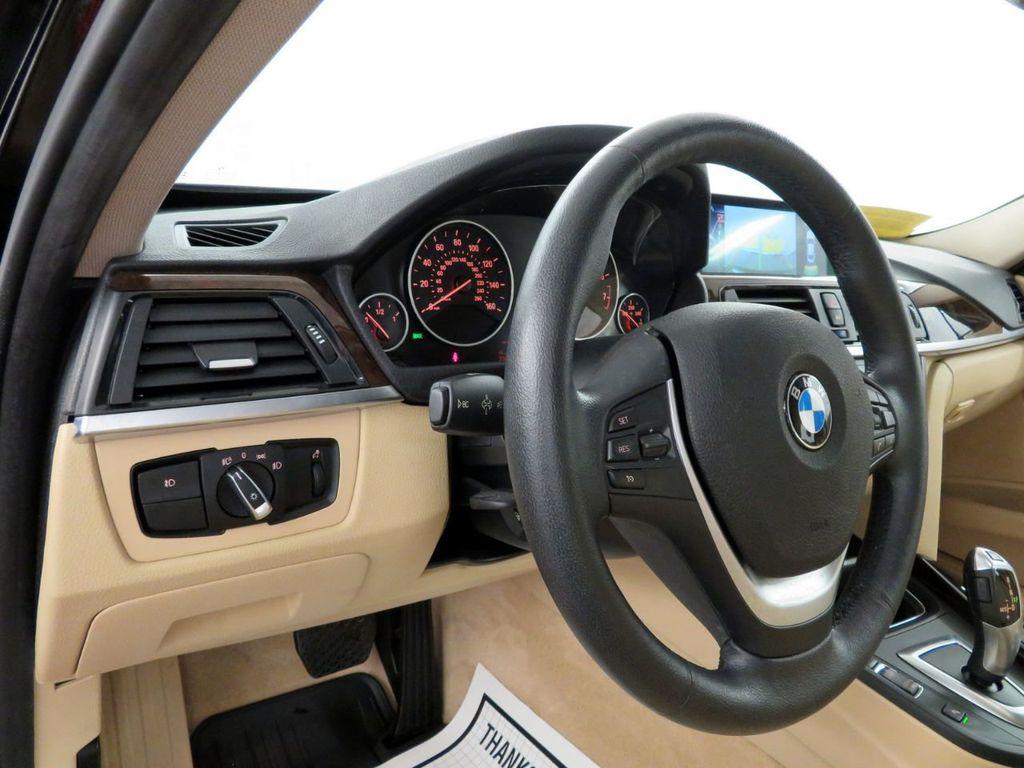 2015 BMW 3 Series 328i xDrive - 18477877 - 16