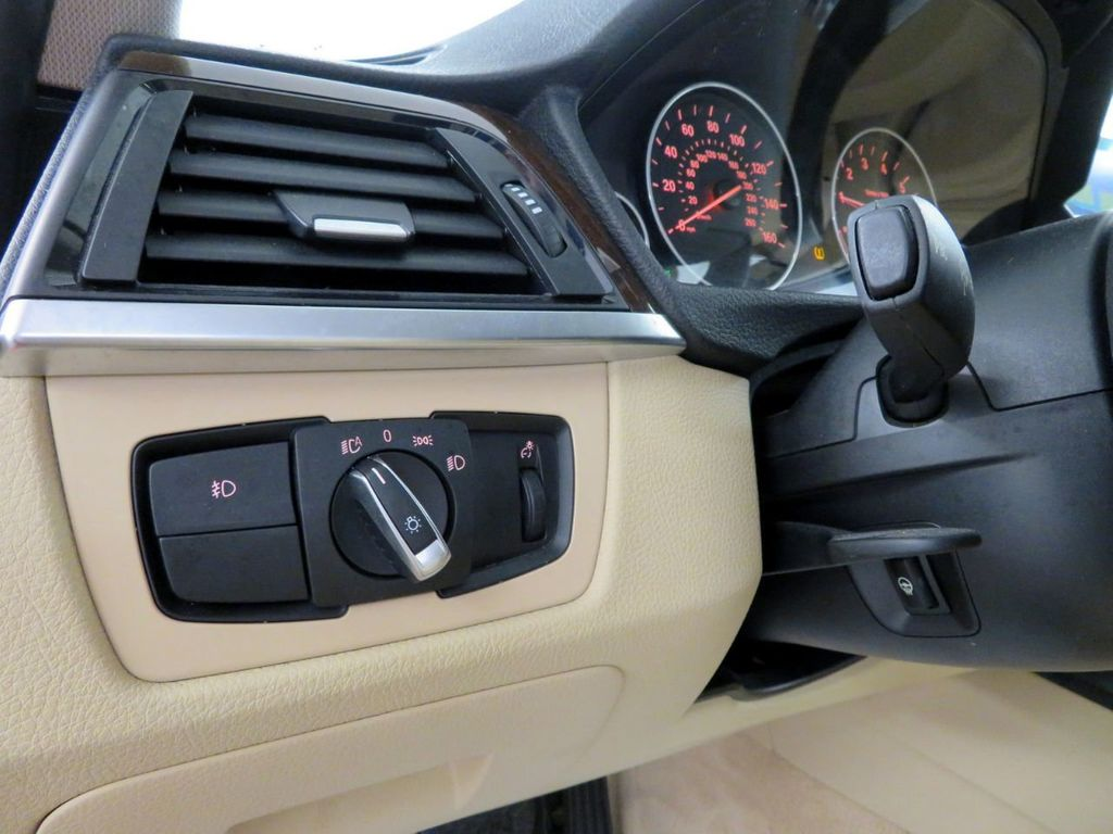 2015 BMW 3 Series 328i xDrive - 18477877 - 17