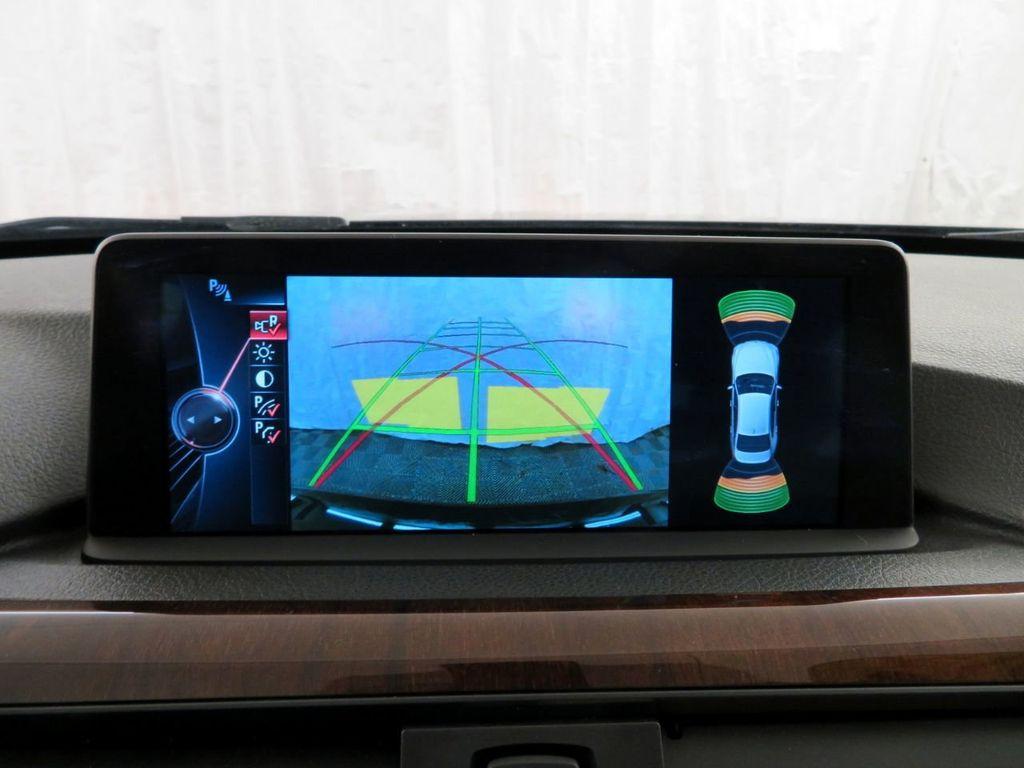 2015 BMW 3 Series 328i xDrive - 18477877 - 23