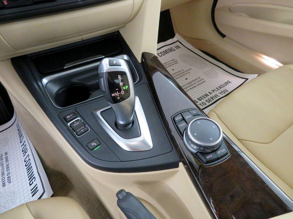 2015 BMW 3 Series 328i xDrive - 18477877 - 27