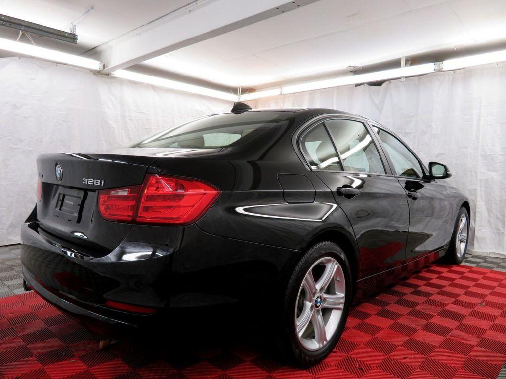 2015 BMW 3 Series 328i xDrive - 18477877 - 5