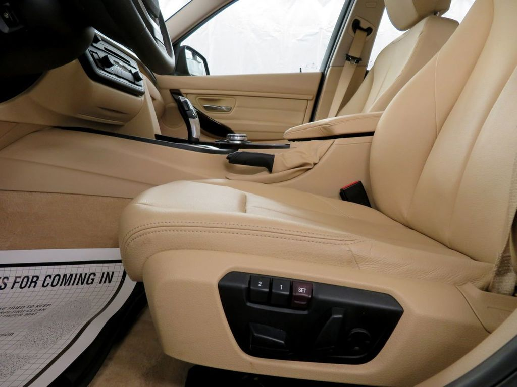 2015 BMW 3 Series 328i xDrive - 18477877 - 8