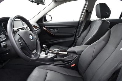 2015 BMW 3 Series LIMITED EDITION - Click to see full-size photo viewer
