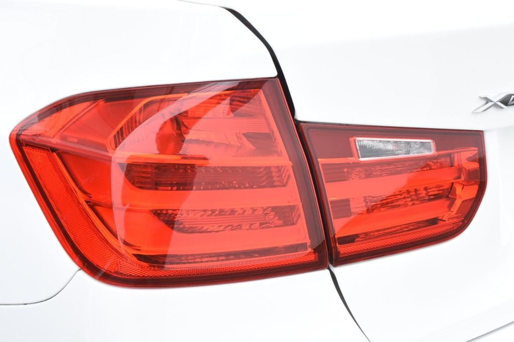 2015 BMW 3 Series  *SPECIAL EDITION - 18398500 - 17