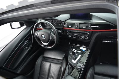 2015 BMW 3 Series SPORT LINE   - Click to see full-size photo viewer