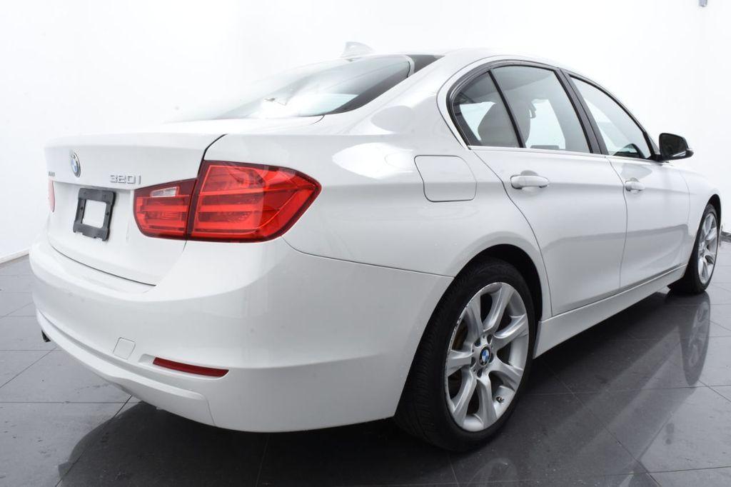 2015 BMW 3 Series SPORT PACKAGE - 18346837 - 9