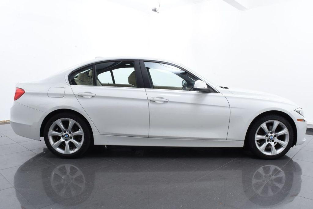 2015 BMW 3 Series SPORT PACKAGE - 18346837 - 11