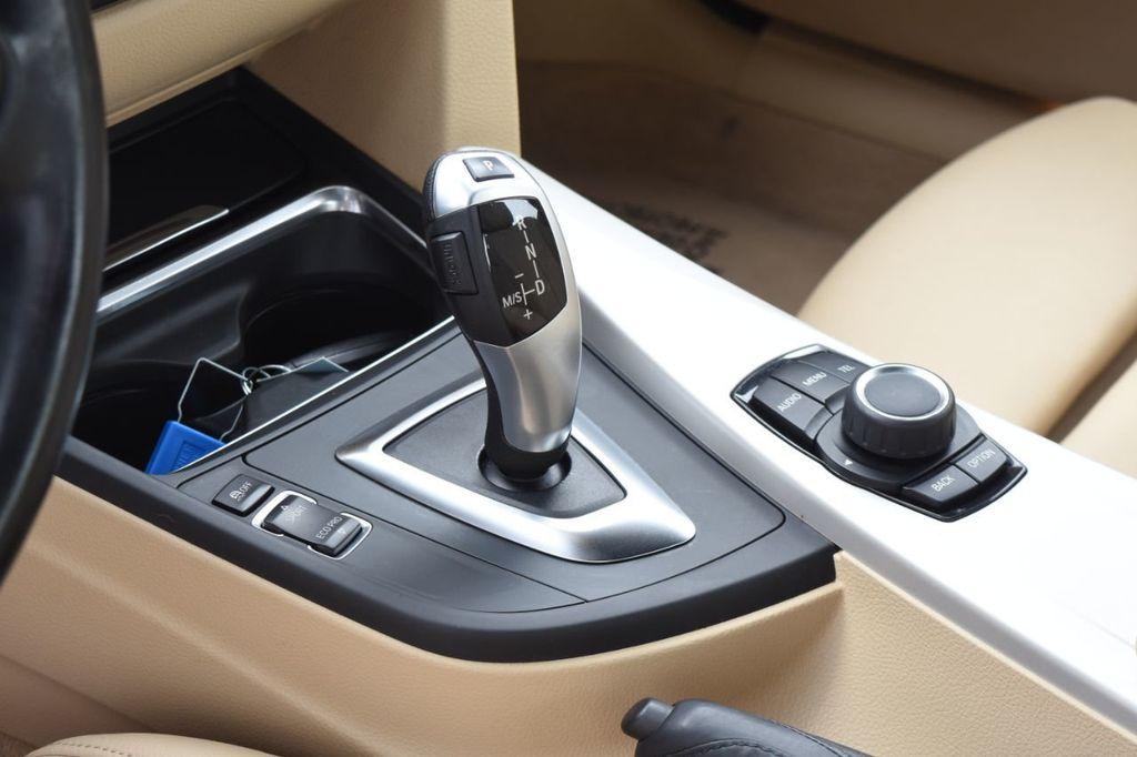 2015 BMW 3 Series SPORT PACKAGE - 18346837 - 34