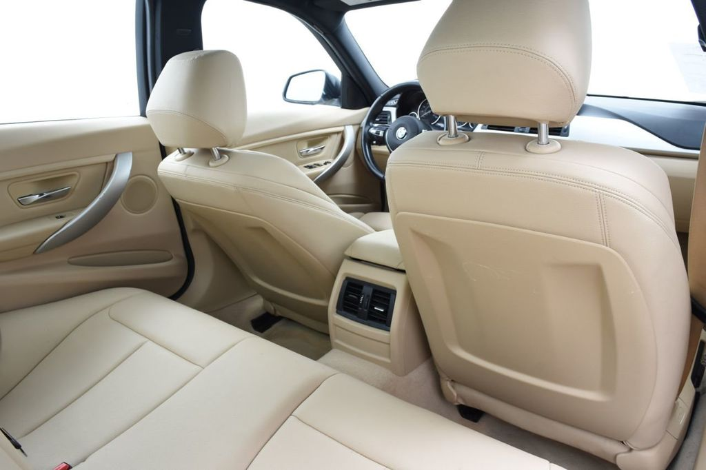 2015 BMW 3 Series SPORT PACKAGE - 18346837 - 45