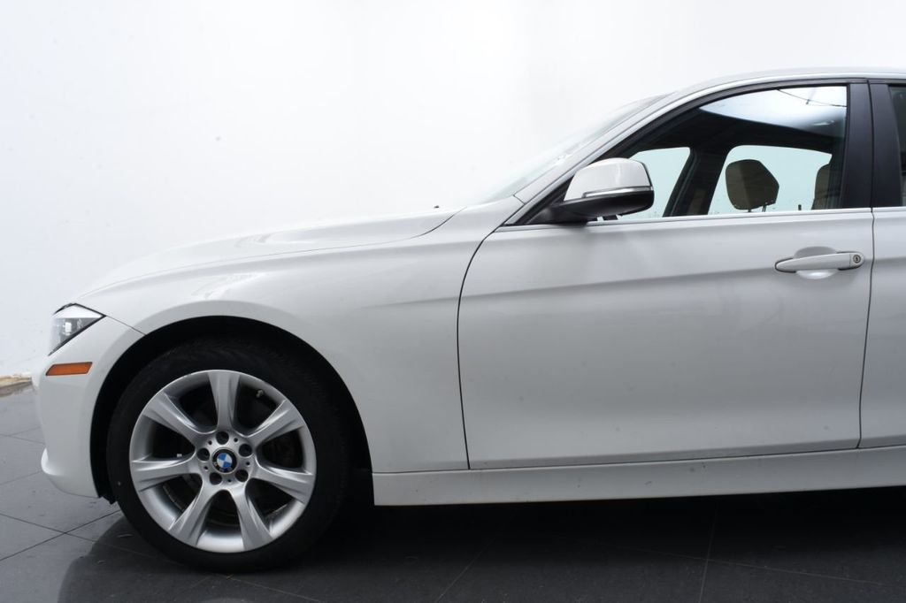 2015 BMW 3 Series SPORT PACKAGE - 18346837 - 4