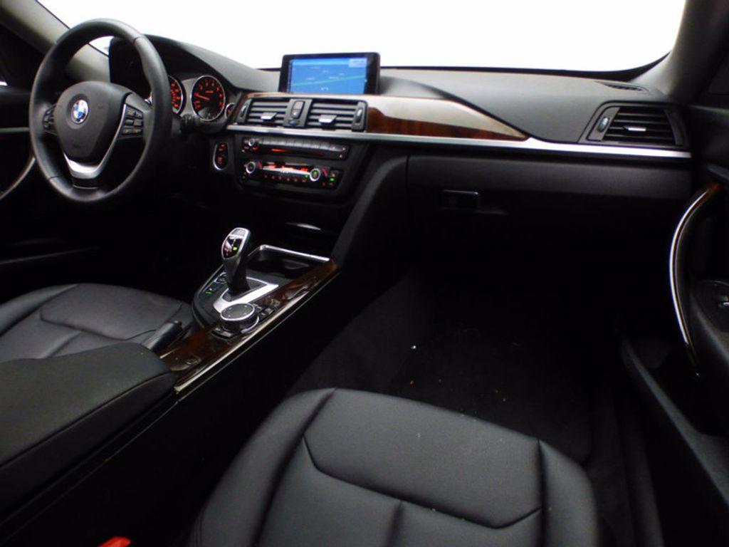 2015 BMW 3 Series Gran Turismo 328i xDrive Gran Turismo - 16657098 - 26