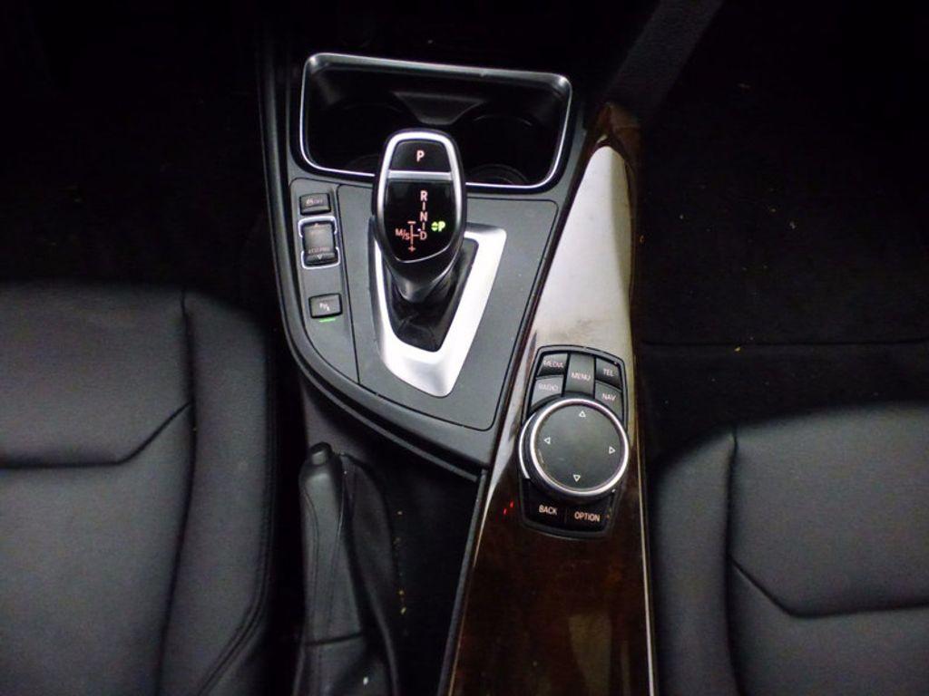 2015 BMW 3 Series Gran Turismo 328i xDrive Gran Turismo - 16657098 - 30