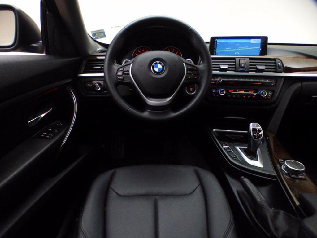 2015 BMW 3 Series Gran Turismo 328i xDrive Gran Turismo - 16657098 - 32