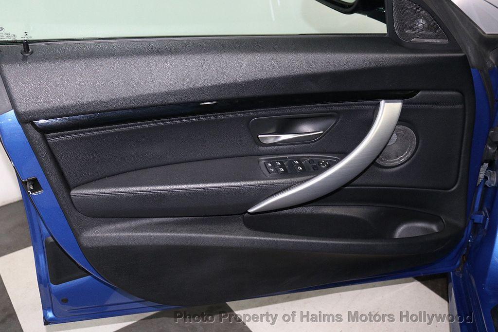 2015 BMW 3 Series Gran Turismo 335i xDrive Gran Turismo - 18638221 - 12