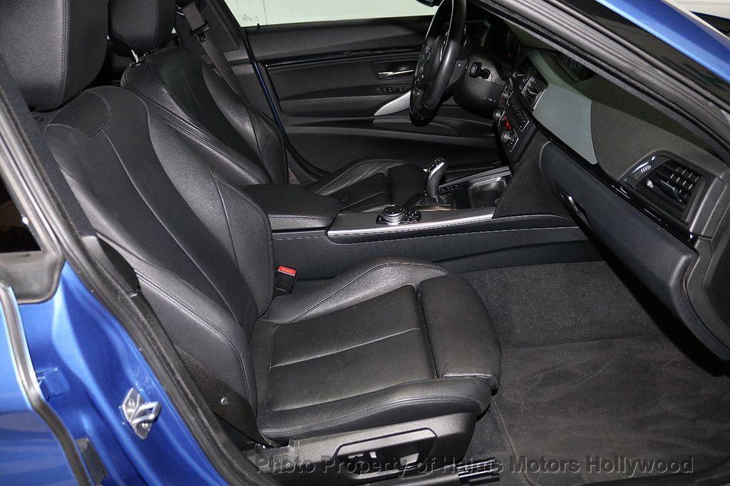 2015 BMW 3 Series Gran Turismo 335i xDrive Gran Turismo - 18638221 - 17