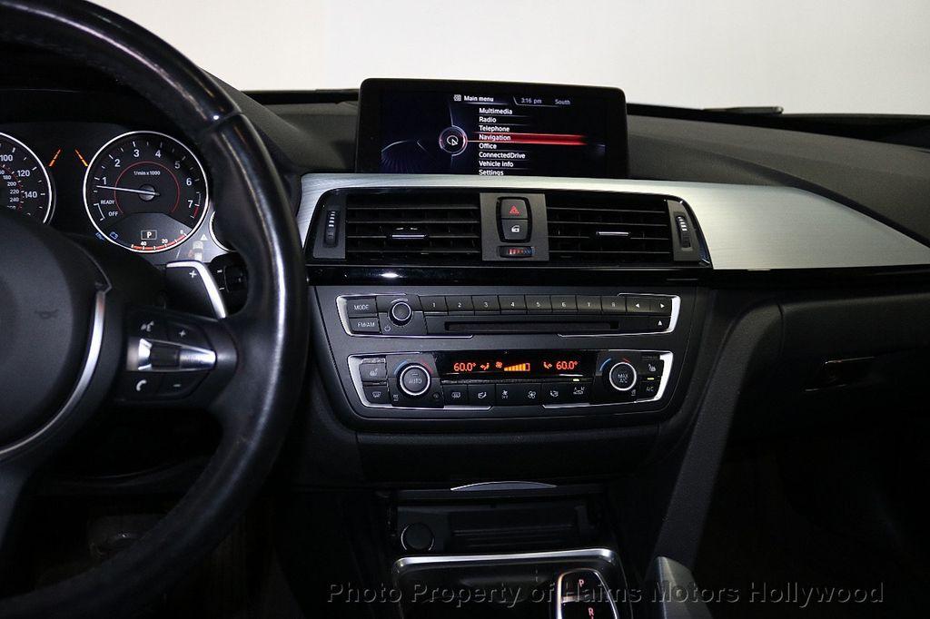 2015 BMW 3 Series Gran Turismo 335i xDrive Gran Turismo - 18638221 - 24