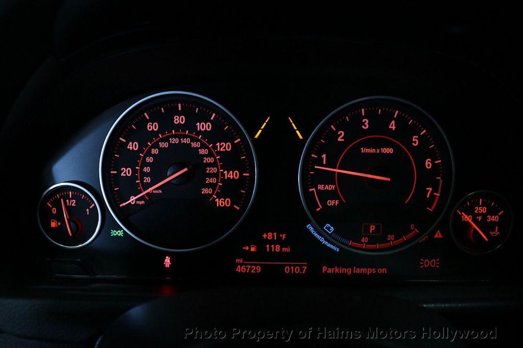 2015 BMW 3 Series Gran Turismo 335i xDrive Gran Turismo - 18638221 - 35