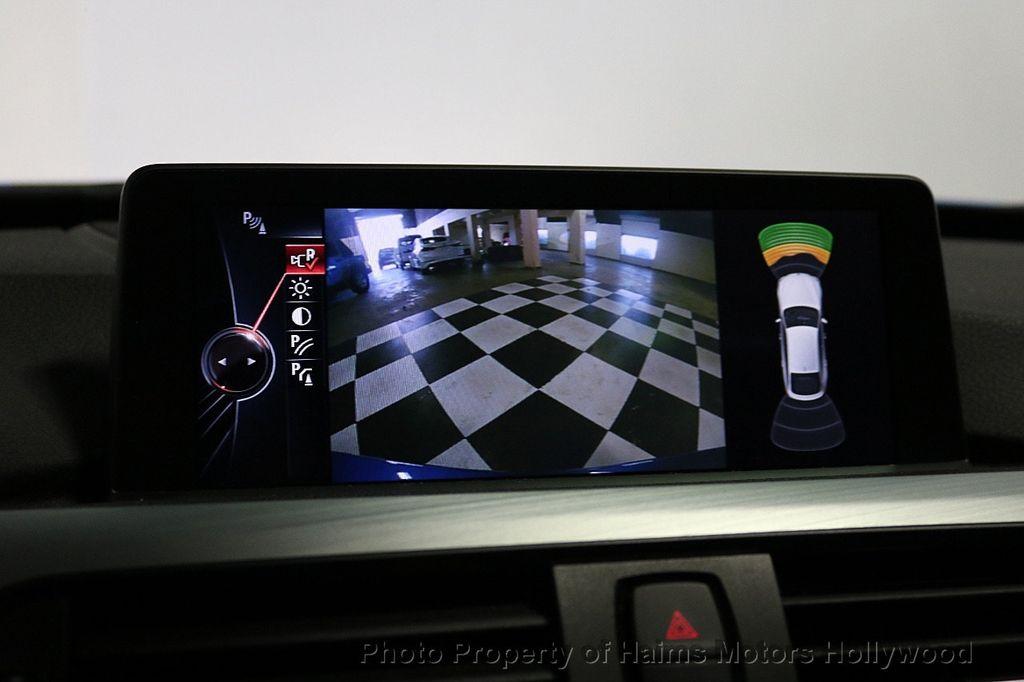 2015 BMW 3 Series Gran Turismo 335i xDrive Gran Turismo - 18638221 - 39