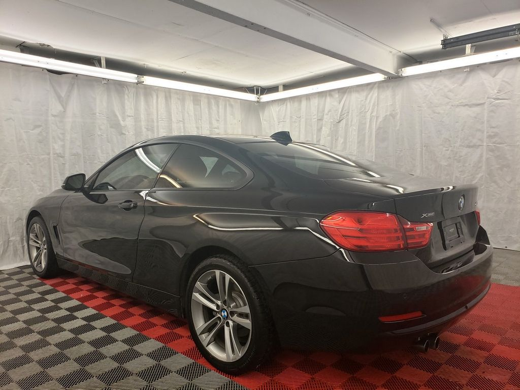2015 BMW 4 Series 428i xDrive - 18253637 - 3