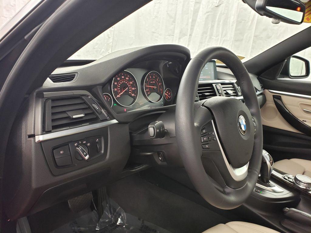 2015 BMW 4 Series 428i xDrive - 18253647 - 17