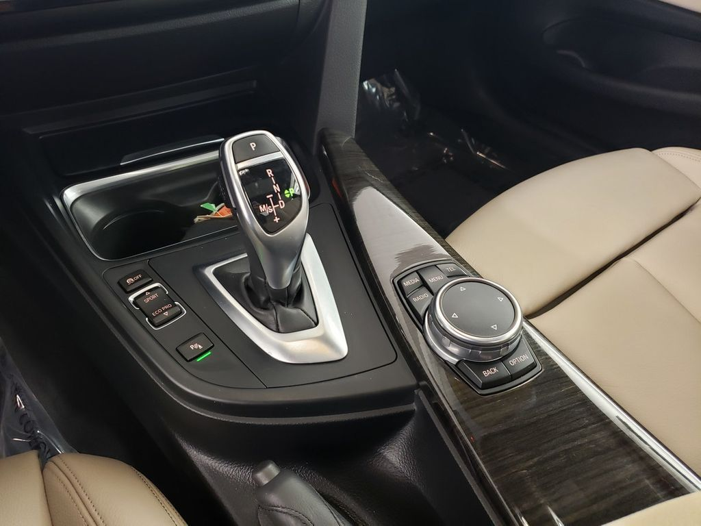 2015 BMW 4 Series 428i xDrive - 18253647 - 29