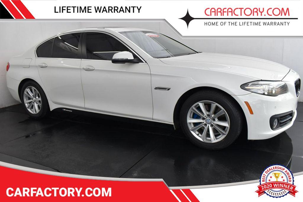 2015 BMW 5 Series 528i - 18592359 - 0