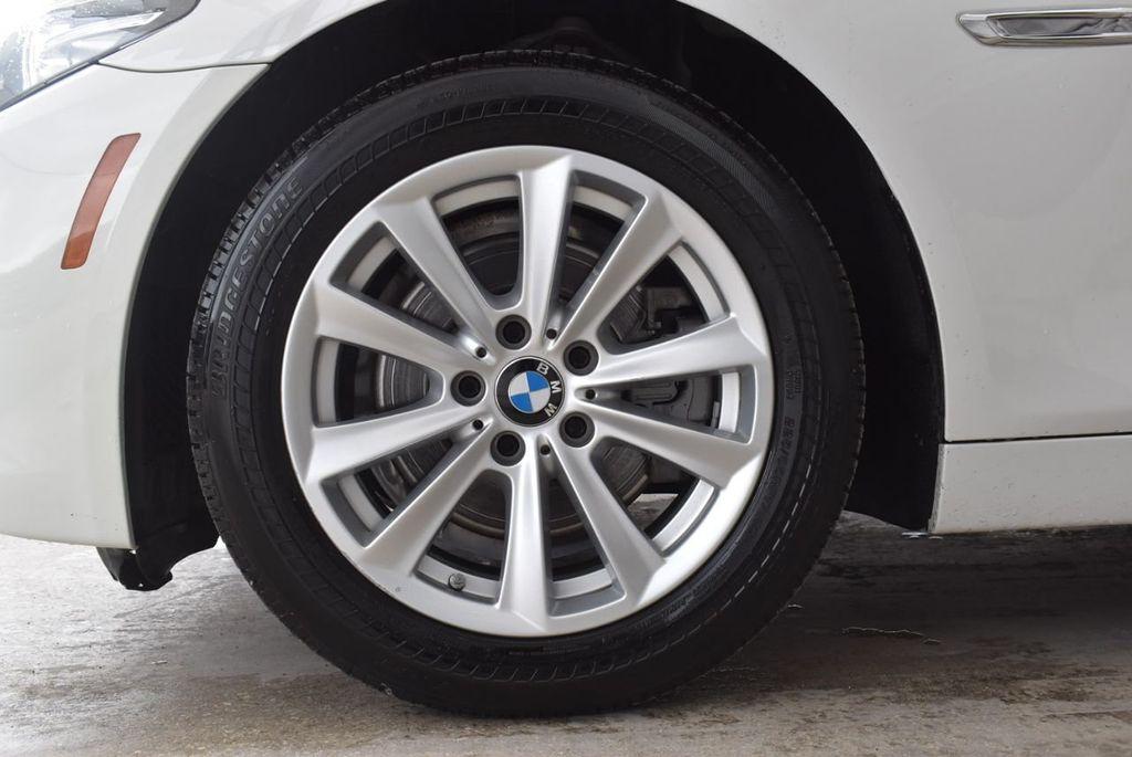 2015 BMW 5 Series 528i - 18592359 - 9
