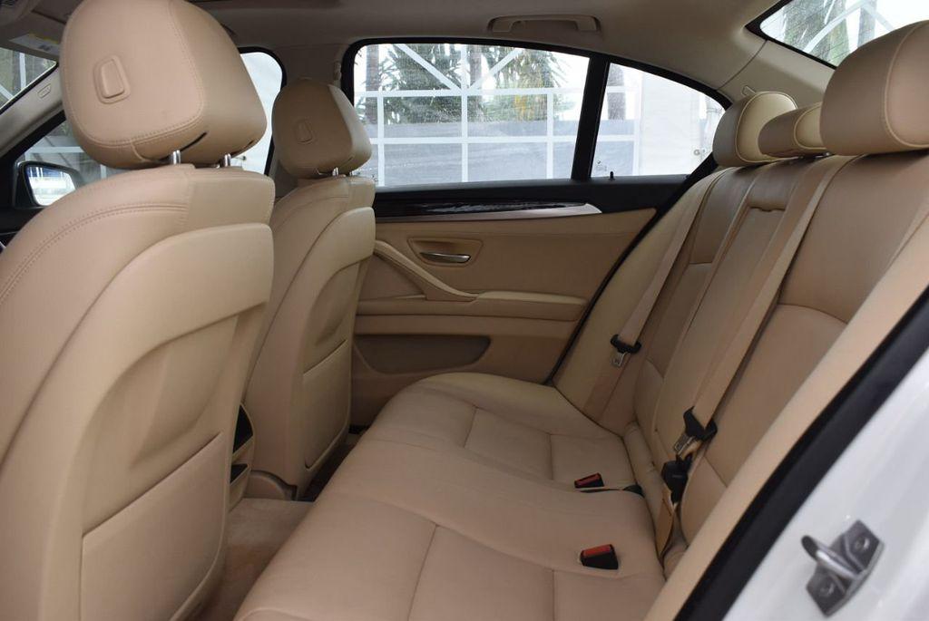 2015 BMW 5 Series 528i - 18592359 - 10