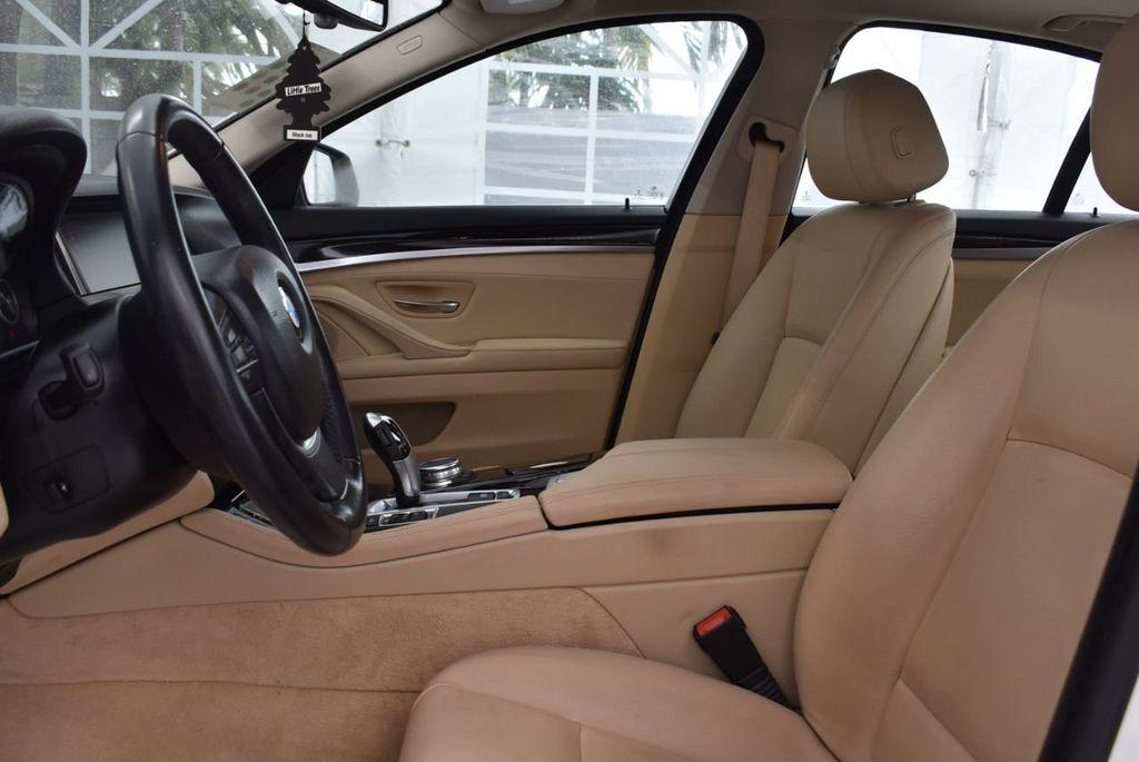 2015 BMW 5 Series 528i - 18592359 - 12