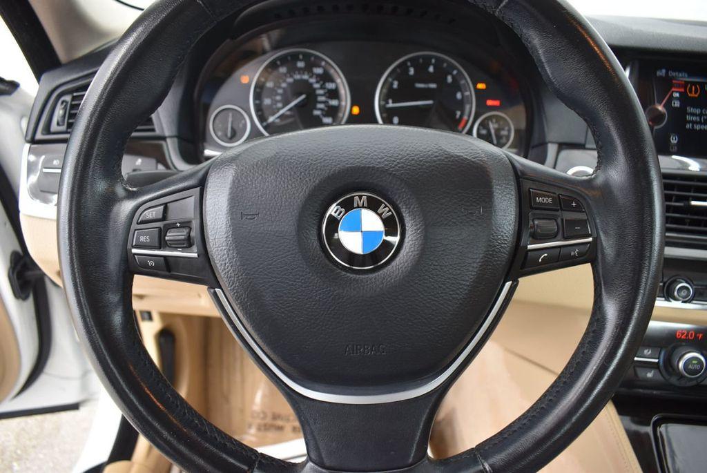 2015 BMW 5 Series 528i - 18592359 - 15
