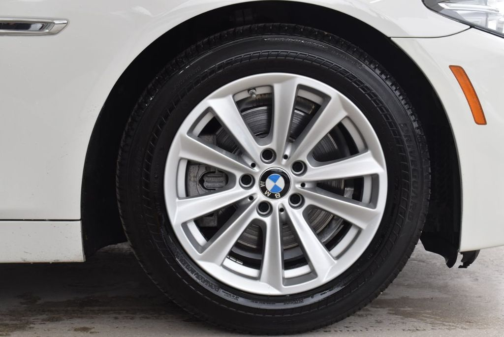2015 BMW 5 Series 528i - 18592359 - 6