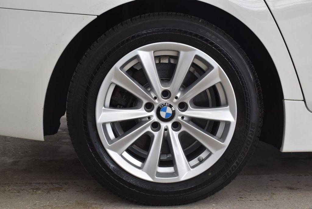 2015 BMW 5 Series 528i - 18592359 - 7